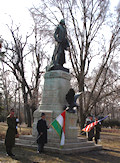 On February 22, 2006, U.S. Ambassador to Hungary George Walker joined distinguished Hungarians at the wreath-laying ceremony commemorating the founder and first President of the United States George Washington.
